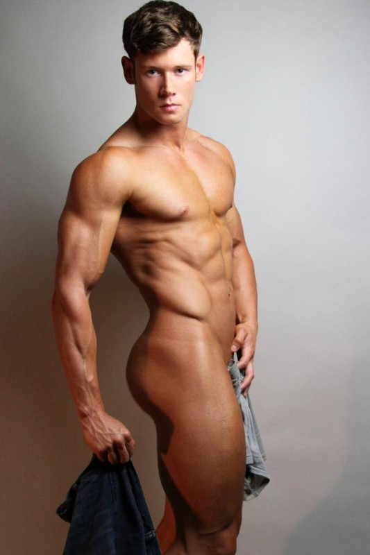 Chris desnudo foto desnuda de facebook facebook