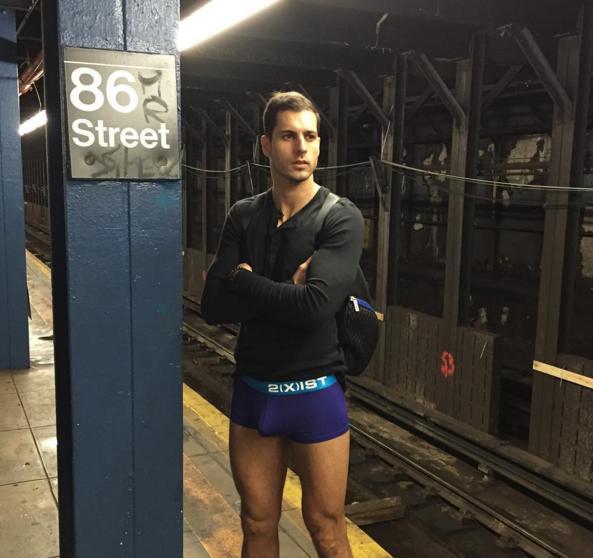 vuelve el d a sin pantalones al metro de nueva york