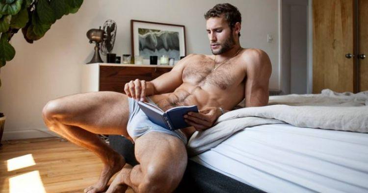 Dick primero gay su enorme sexo