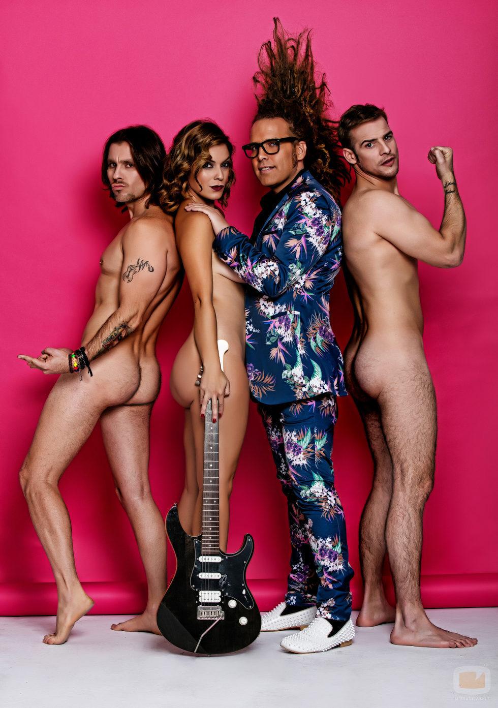en línea bisexual desnudo en Vitoria