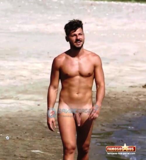 Videos de hombres italianos desnudos