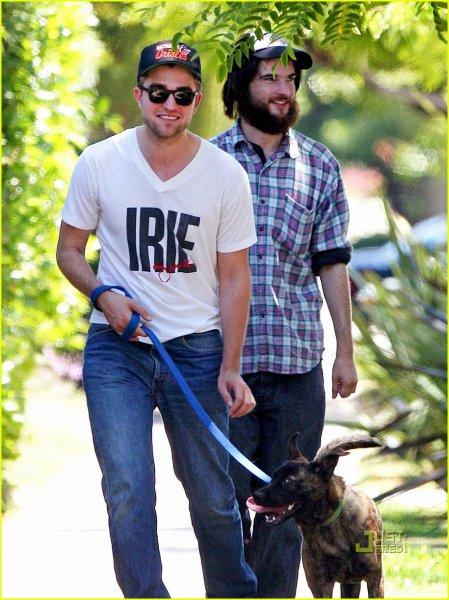 Robert Pattinson, Tom Sturridge (1/6)