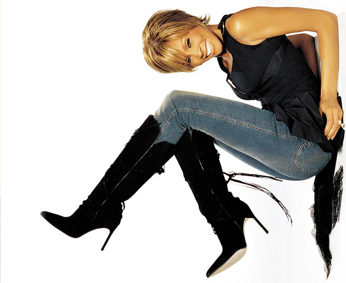 Whitney Houston en Londres, peor que una grulla