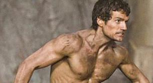 "Impresionante shirtless de Henry Cavill en ""Immortals""."