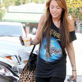 Miley Cyrus va de rockera.