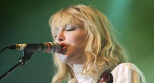 Courtney Love dice que se dio el filete con Kate Moss.