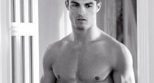 Cristiano Ronaldo desnudo, en calzoncillos para Armani