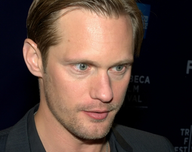 Alexander Skarsgard y el cast de True Blood se unen al movimiento 'It Gets Better'