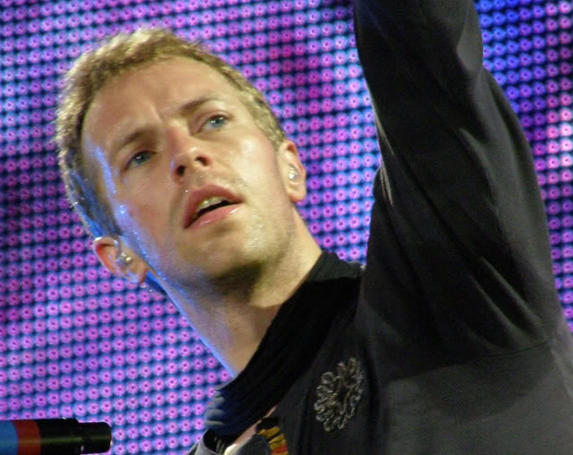 Chris Martin reconoce que fue fan de Take That y le hicieron plantearse si era gay