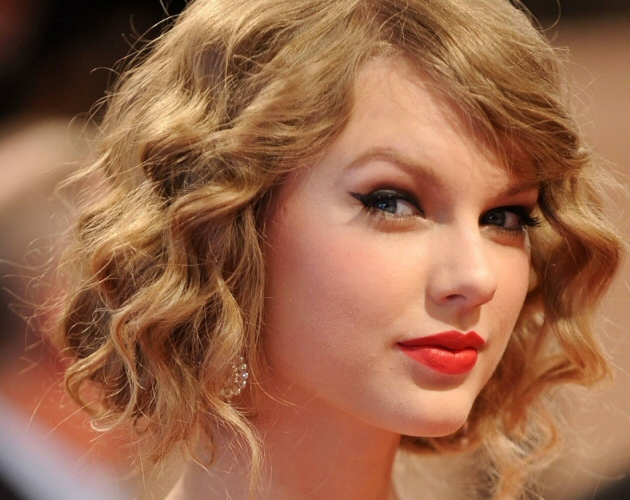 Otro dueto de Taylor Swift: B.o.B. y 'Airplanes'