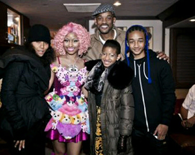 Nicki Minaj rueda 'Fireball' con Willow Smith
