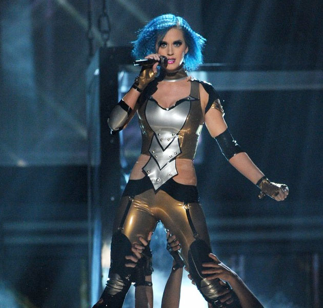 Katy Perry - 'Part Of Me' en los Grammy