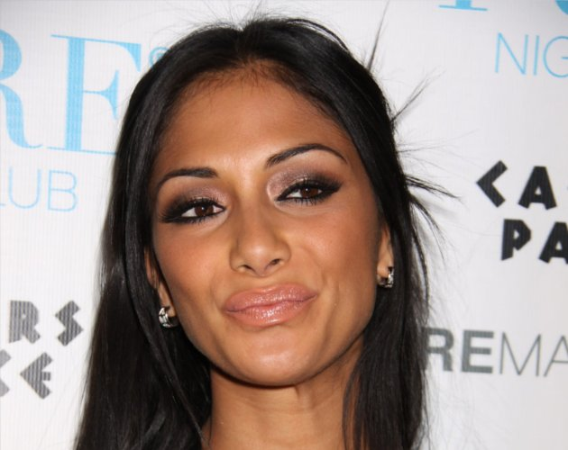Nicole Scherzinger homenajea a Whitney Houston a su manera