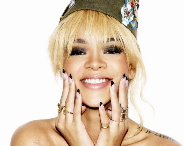 Rihanna vuelve al 1 en UK con 'Talk That Talk'