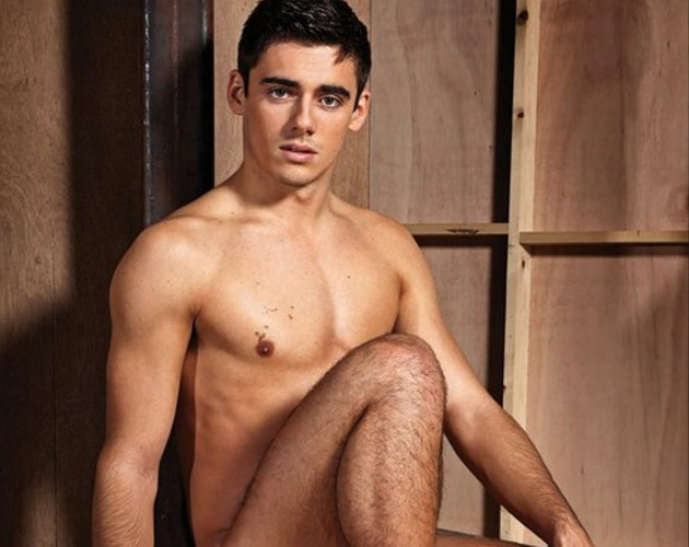 "Chris Mears, deportista británico y protagonista de la ""naked issue"" de 'Gay Times'"