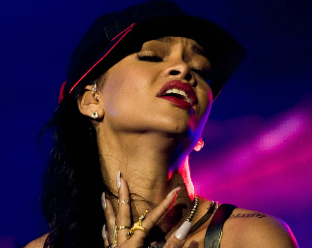 Rihanna no muere en el trailer de su documental '777 Tour'