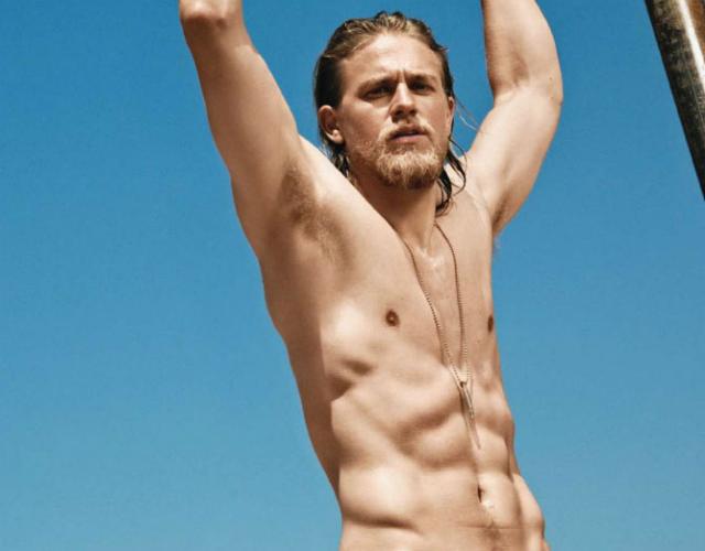 Las Mejores Fotos De Charlie Hunnam Al Desnudo
