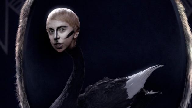Applause de Lady Gaga merece un aplauso
