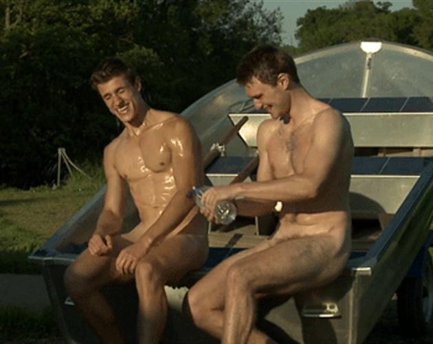 Videos gratuitos de atletas masculinos desnudos