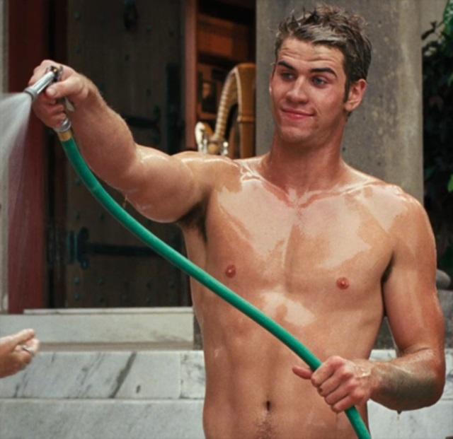 Liam Hemsworth Desnudo Por Los Juegos Del Hambre En Llamas Cromosomax