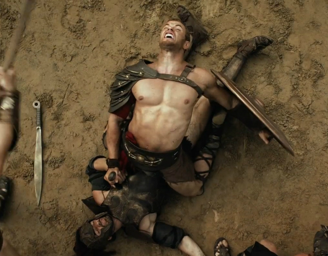 Kellan Lutz, muy homoerótico en 'The Legend of Hercules'