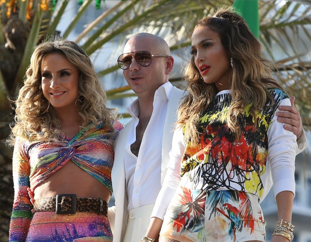 J Lo We are one Pitbull