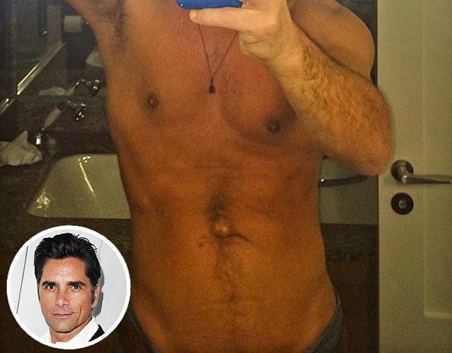 Las fotos de los prncipes desnudos en una sauna gay