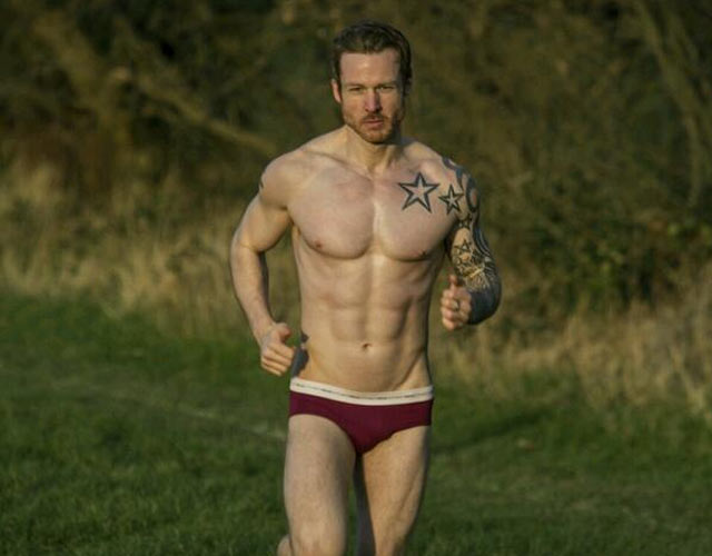 Stuart Hatton desnudo: Mr Gay World es Mr Gay UK
