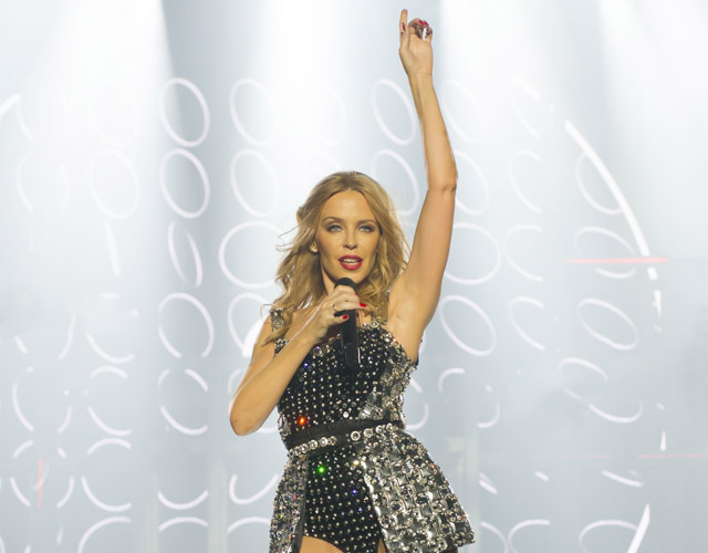Kylie Minogue, explosiva en su 'Kiss Me Once Tour'