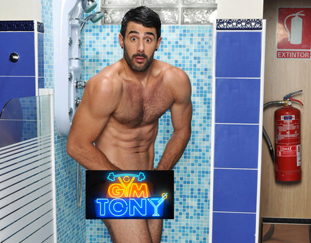 David Amor desnudo para la serie 'Gym Tony'