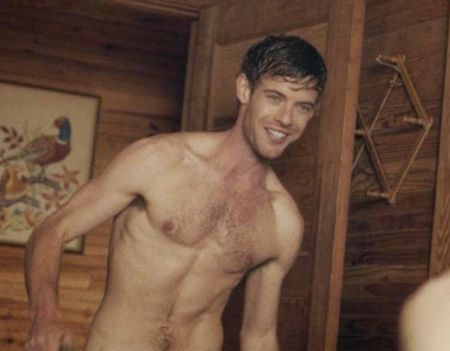 El actor de 'Penny Dreadful' Harry Treadaway, desnudo en 'Honeymoon'