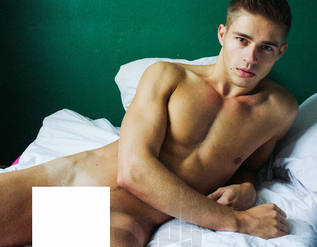 Fotos gay de modelos desnudos