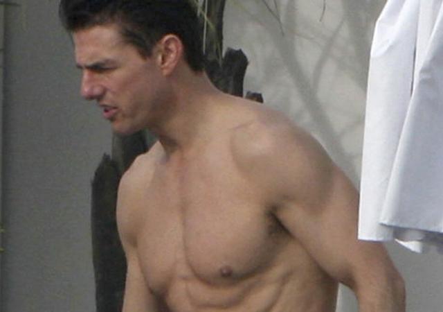 Las fotos de Tom Cruise desnudo que llevas esperando