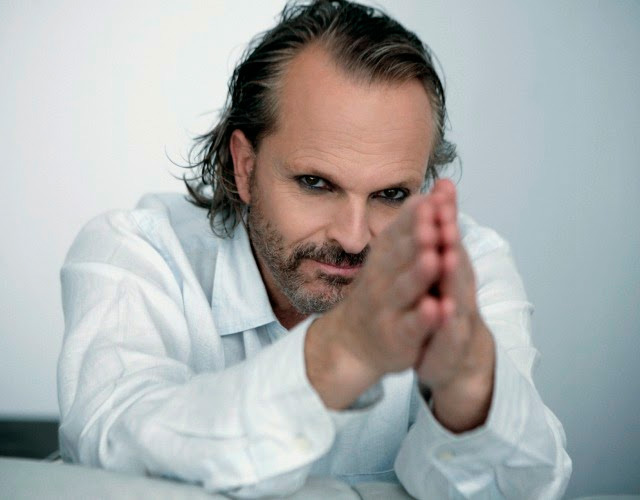 Miguel Bosé gay