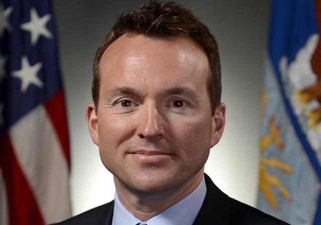 gay secretario