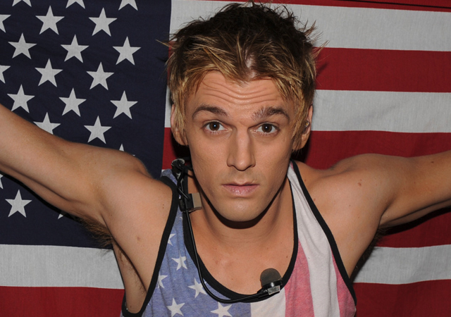 ¿Es Aaron Carter gay y está enrollado con Chris Crocker?