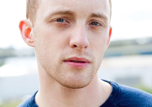 El actor Benjamin Farmer, desnudo en 'The Falls: Testament of Love'