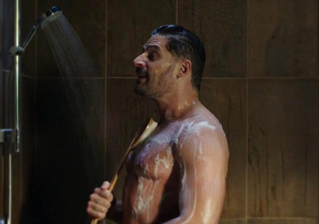Pantera a la ducha con pantera 4