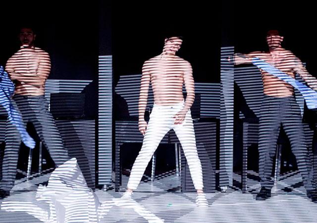 Bailarines desnudos de montreal