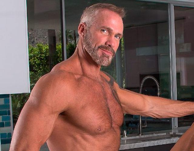 Hombres Viejos Gay - Videos Different Porn