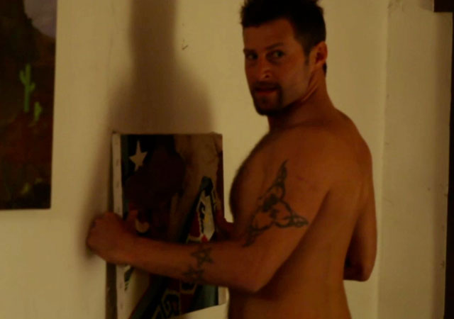 El actor Jeremy St. James, desnudo y erecto en 'Marfa Girl'