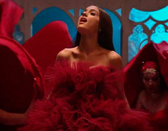 Ariana Grande estrena el vídeo de 'Beauty And The Beast' con John Legend