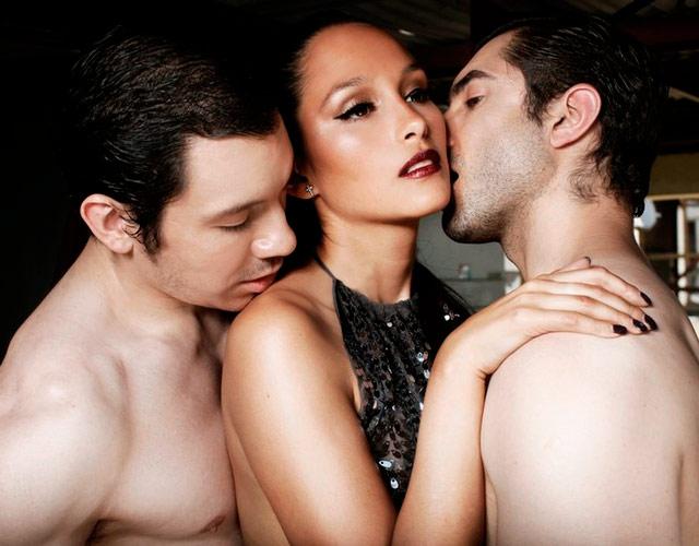 como hacer un trio gay