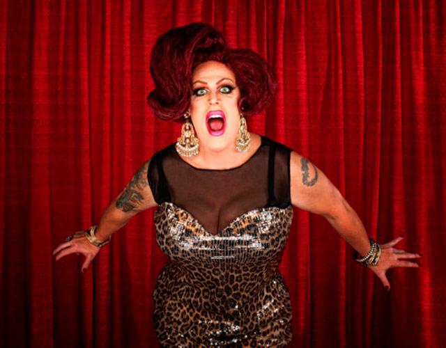 Esta ciudad quiere prohibir a las drag queens legalmente