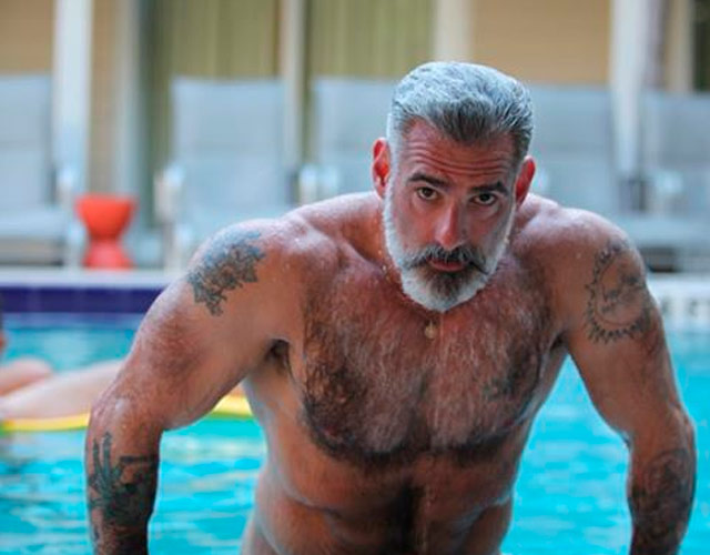 Anthony Varrecchia desnudo, el daddy más hot