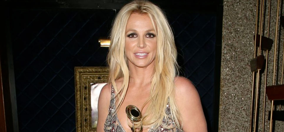 Britney Spears canta en directo 'New York New York'