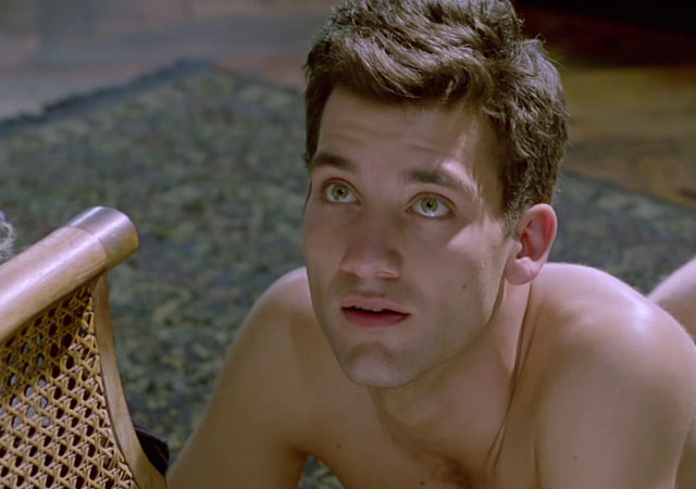 Clive Owen desnudo en 'Close My Eyes'
