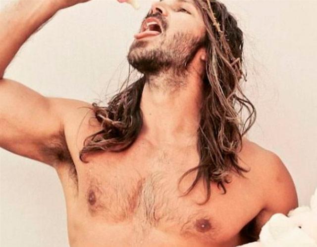 "Jesucristo desnudo en el concurso ""Hunky Jesus'"