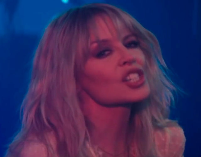 Primer vídeo para 'Stop Me From Falling' de Kylie Minogue