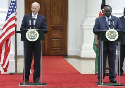 US Vice President Joe Biden and Kenya's President Mwai Kibaki give a joint media briefing on June 8, 2010 at state house in Nairobi.